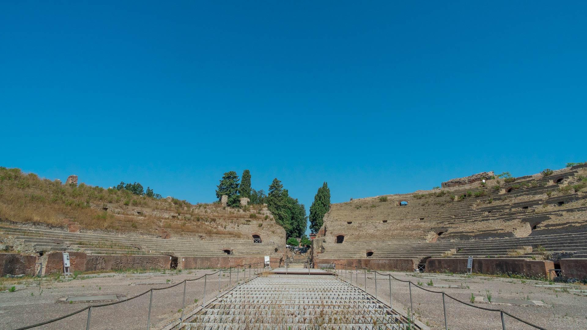 Arena dell'Anfiteatro Flavio di Pozzuoli