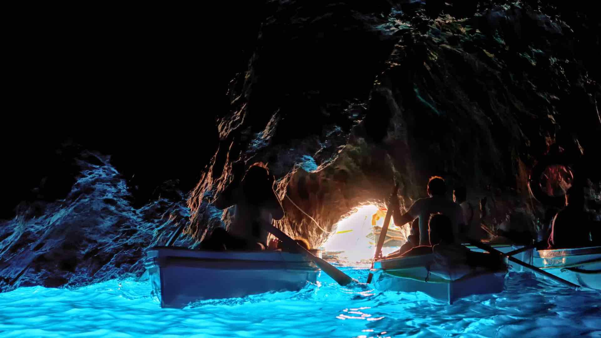 La Grotta Azzurra di Capri: gioiello unico al mondo