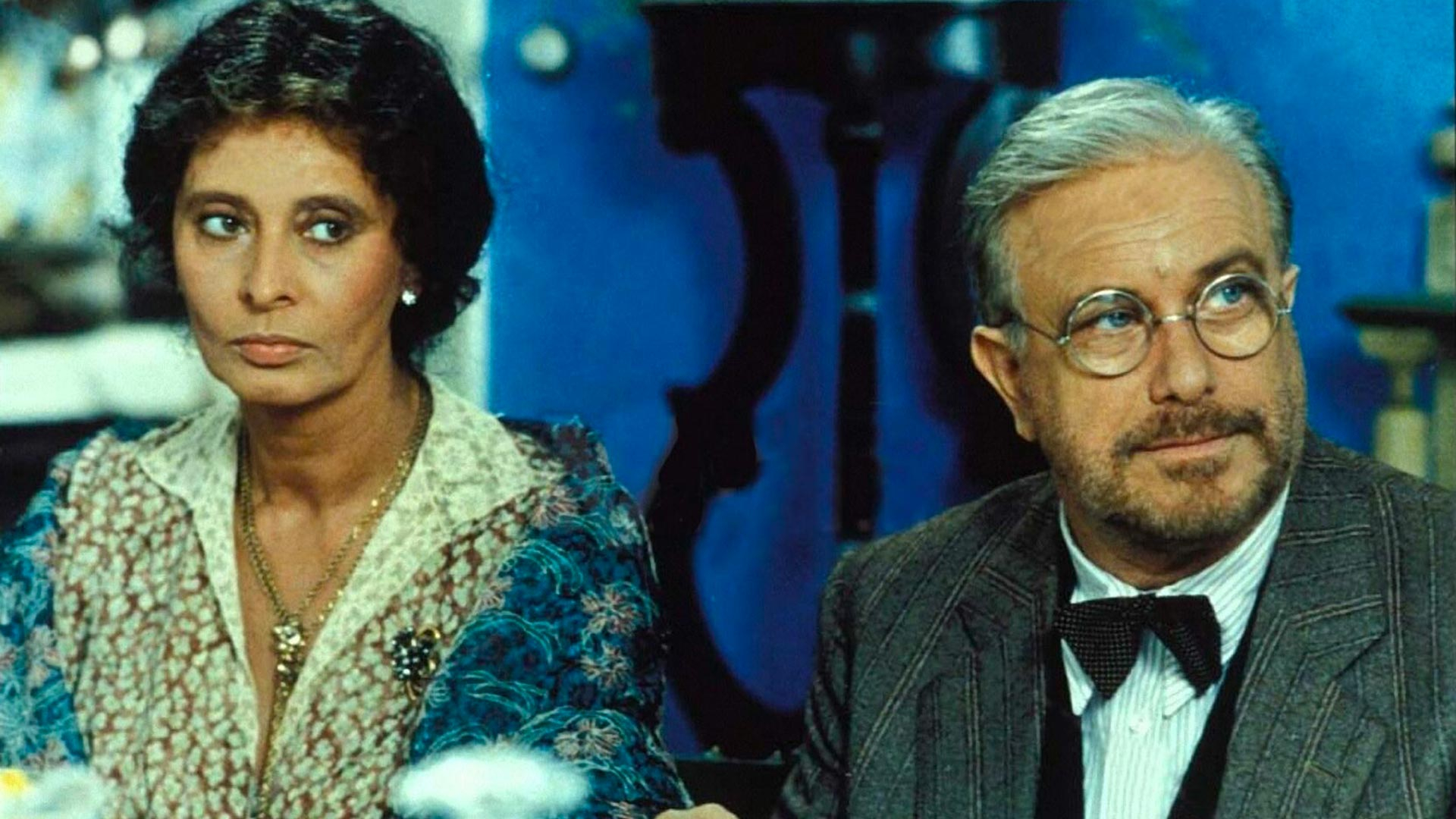 Sofia Loren e Luciano De Crescenzo in Sabato, Domenica e Lunedì