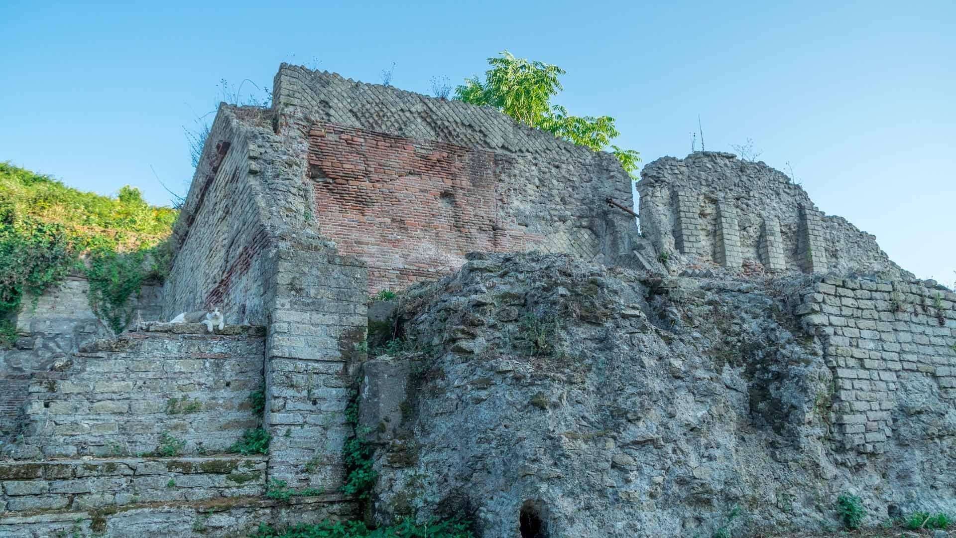 Necropoli romana, il mausoleo di via Celle