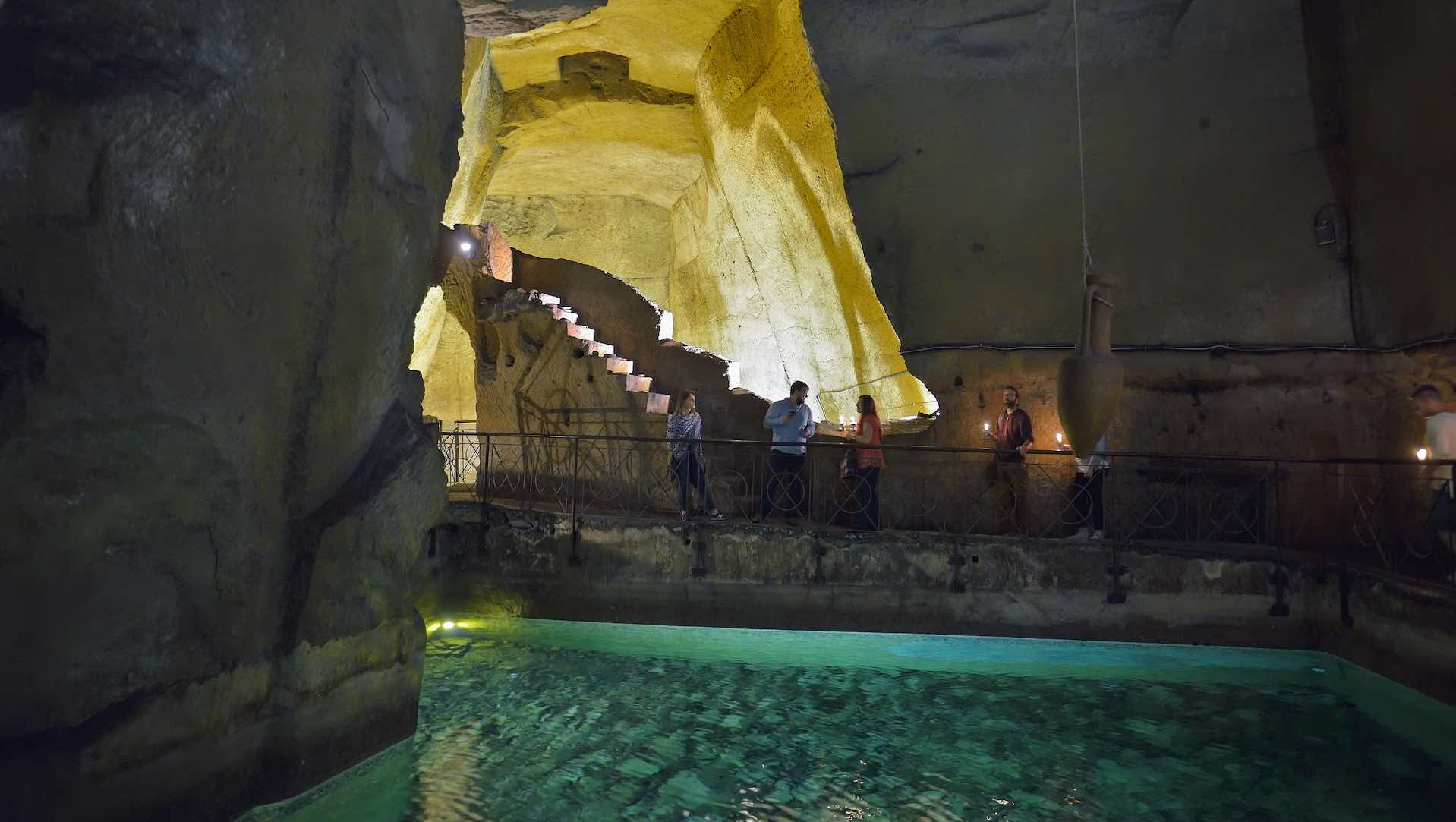 Acqua a Napoli Sotterranea