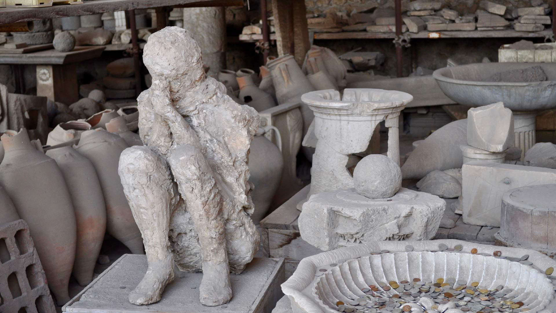 Anfore e calco negli Scavi di Pompei