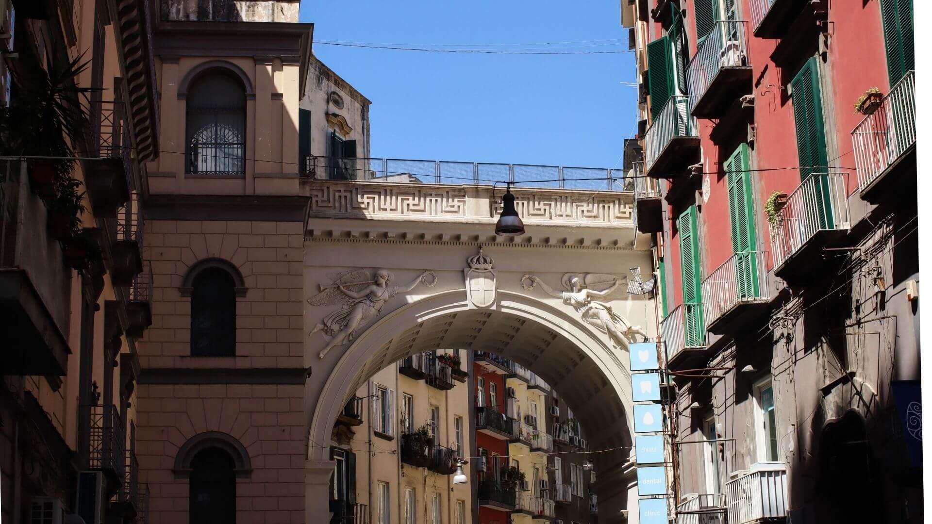 Ponte di Chiaia