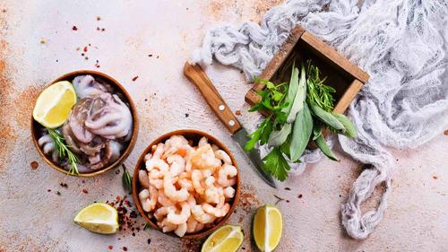 Dal mare di Pozzuoli: alici e frutti di mare