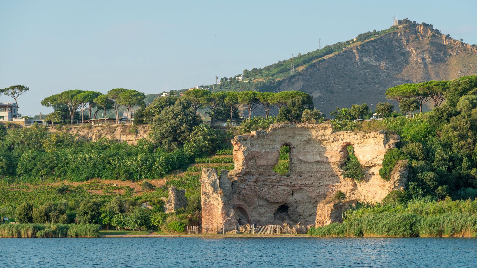 Lago d'Averno, una delle porte degli inferi