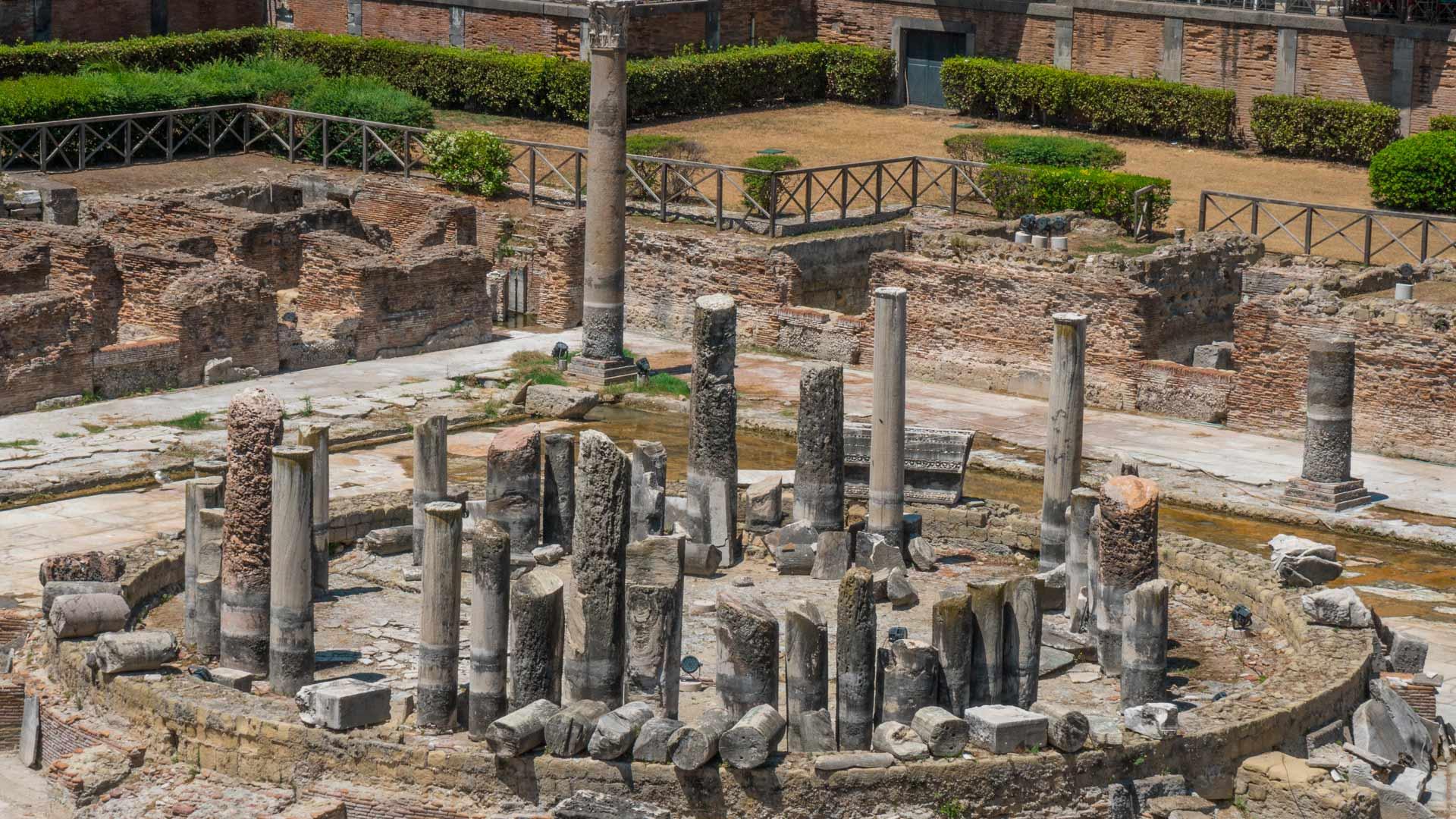 Il Tempio di Serapide, perla dei Campi Flegrei